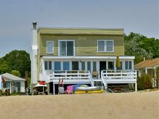 39 Seaside Ln, Old Lyme, CT 06371
