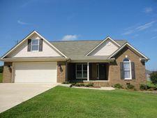2 Oak Point Dr, Fayetteville, TN 37334