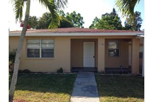 1119 W 32nd St, Riviera Beach, FL 33404
