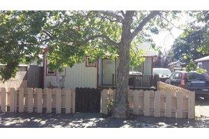 1227 Deturk Ave, Santa Rosa, CA 95404