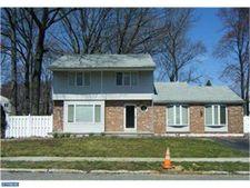 309 Ivy Dr, Woodbury Heights, NJ 08097
