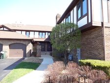 6360 W Orchard Dr, Palos Heights, IL 60463