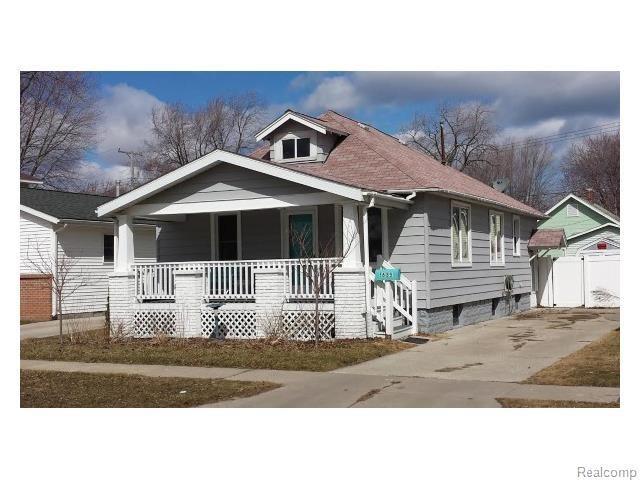 Port Huron Area Lake Homes and Land For Sale - LakeHomes.com