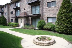 7624 W Lawrence Ave Unit 2b, Harwood Heights, IL 60706