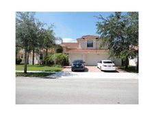 13731 Nw 20th St, Pembroke Pines, FL 33028