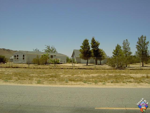 7857 Mojave Tropico Rd, Mojave, CA