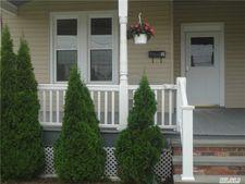 35-37 St South Unit 35, Oyster Bay, NY 11771