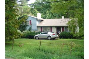 660 Blue Ridge Dr, Gretna, VA 24557