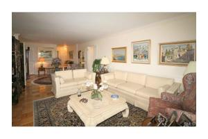 1 Strawberry Hill Ct Apt 9h, Stamford, CT 06902