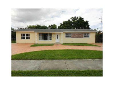 10877 Sw 69th Dr, Miami, FL 33173