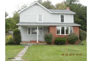 400 West St, Everett, PA 15537