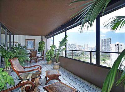 Kamoku St, Honolulu, HI