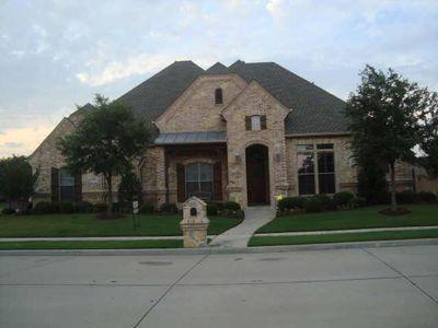 8601 Glenbrook Dr, North Richland Hills, TX