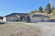 27621 Oakflat Dr, Tehachapi, CA 93561