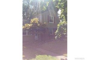 102 Onondaga Ave, West Seneca, NY 14220