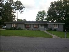 7469 Twin Brook Dr, Chattanooga, TN 37421