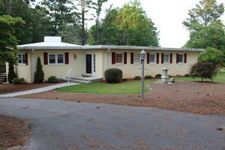 164 Pine Ridge Dr, Whispering Pines, NC 28327