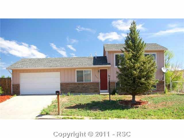 2060 Nielsen Ct, Colorado Springs, CO 80906 Main Gallery Photo#1