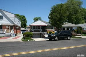 15125 Willets Point Blvd, Whitestone, NY 11357