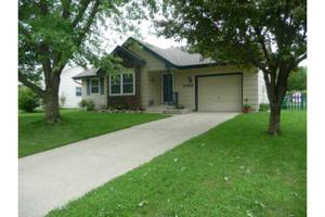 2309 Swan Dr, Norwalk, IA 50211