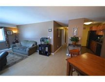 2 Greenbriar Dr Apt 208, North Reading, MA 01864