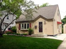 8704 W Stuth Ave, West Allis, WI 53227