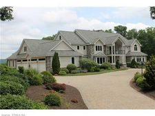 158 Mountain St, Ellington, CT 06029