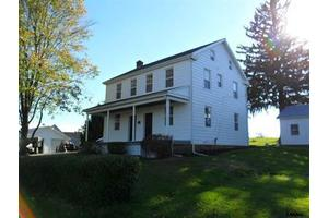 952 Big Mount Rd, Thomasville, PA 17364