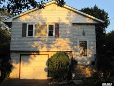 190 Dare Rd, Selden, NY 11784