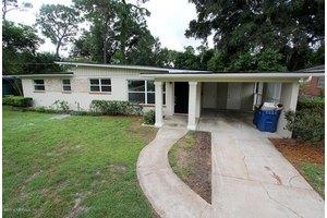 8420 Lawfin St S, Jacksonville, FL 32211