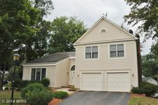 8659 Pohick Forest Ct, Springfield, VA 22153