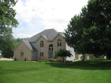 608 Bryant Circle Dr, Princeton, IL 61356