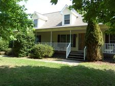 1016 Henry Brandon Road Ext, Alton, VA 24520