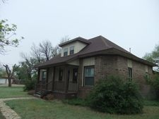 310 Grimes, White Deer, TX 79097