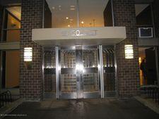 90 Gold St Apt 22H, New York, NY 10038