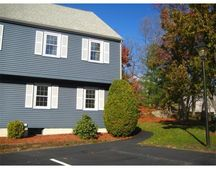 10 Oak Ridge Dr Unit 6, Maynard, MA 01754
