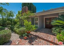9838 Whitwell Dr, Beverly Hills, CA 90210