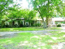 210 Bayou Rd, Greenville, MS 38701