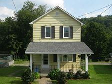 383 E First St, Rayne Twp Ernest, PA 15739