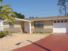 4717 Phoenix Ave, Holiday, FL 34690