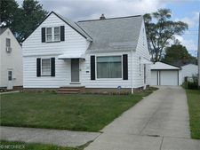 13175 Hathaway Rd, Garfield Heights, OH 44125
