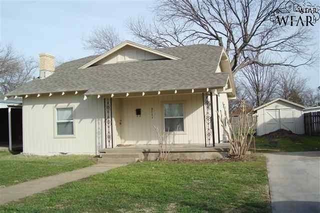 2111 taft st wichita falls tx 76309 public property for Wichita home builders