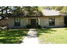 1302 Saint Williams Ave, Round Rock, TX 78681