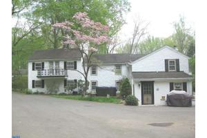 237 Old Gradyville Rd, West Chester, PA 19342