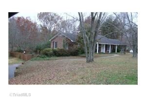 6640 Red Bank Rd, Rural Hall, NC 27019