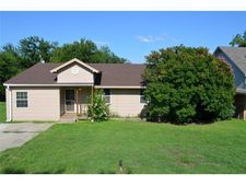128 Lakeview Ter, Weatherford, TX 76087