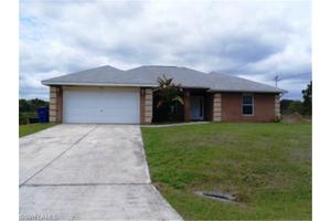 1319 Oak Ave, Lehigh Acres, FL 33972