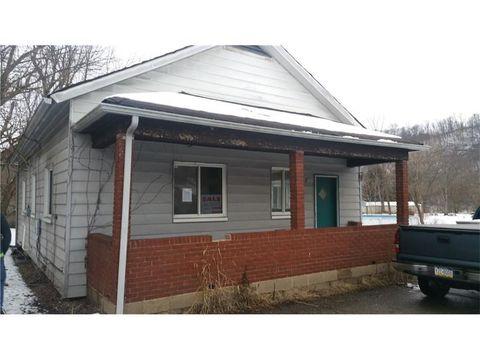 402 Sandy Dr, Elizabeth Township Boro, PA 15047