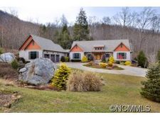 2554 Deep Gap Farm Rd, Mill Spring, NC 28756