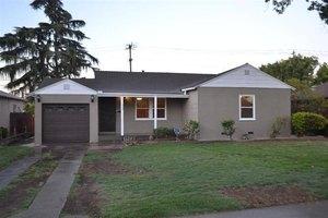 535 W Andrews Ave, Fresno, CA 93705